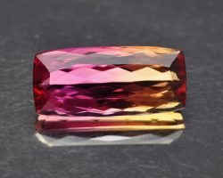 bi-color_imperialtopaz_10-64cts_mass-620x495